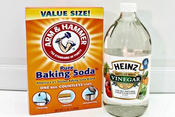 Sử dụng Baking Soda và Giấm
